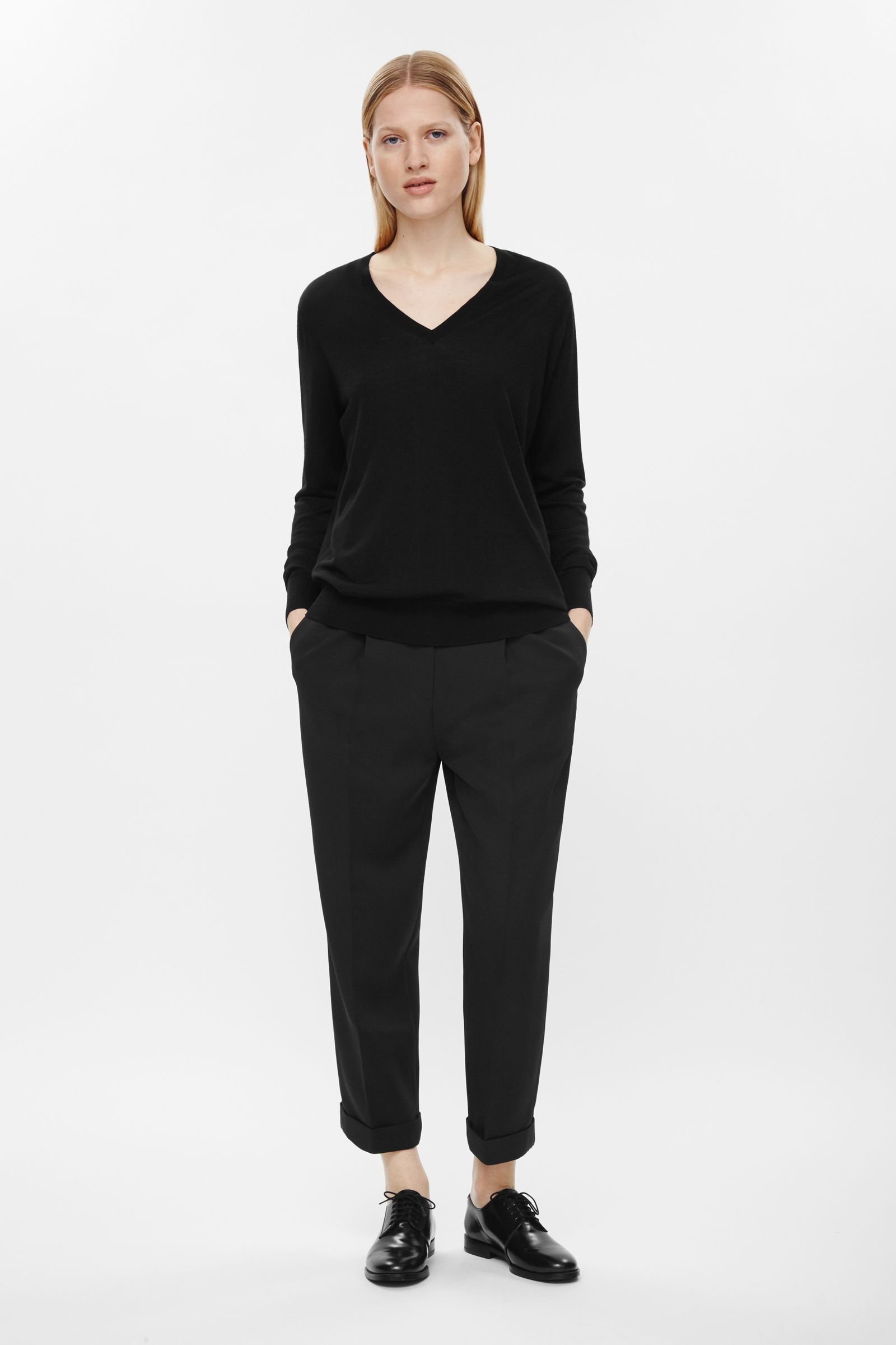 Straight cropped trouser, £69, Cos